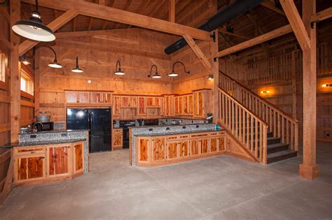 youll      barn    barn