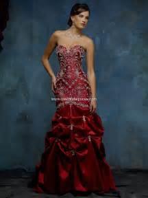 Color red wedding dresses buy wedding dresses your best bridal scoop