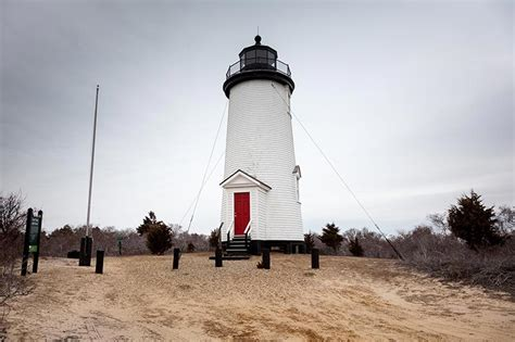 Chappaquiddick Lighthouse Tour Of The Light The Martha S Vineyard Times