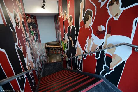 Theme Hotel Manchester | inside ryan giggs football themed hotel daily mail online