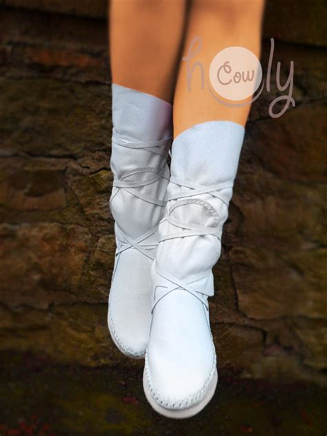 stitched white leather moccasins white moccasin boots