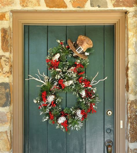Handmade Door - 18 chilly handmade winter wreath designs for your front door