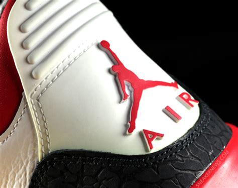 sneaker news air jordan iii fire red giveaway sneakernews com - Kicks On Fire Giveaway