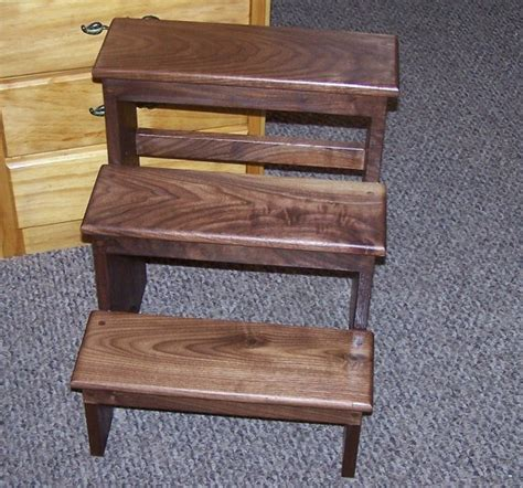 Shaker Step Stool With Handle by Shaker Style Step Stool Plans Woodworking Projects Plans