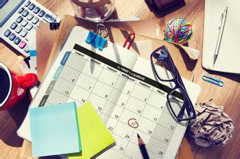 ab wann muss sich arbeitslos melden zeitplanung und bewerbungsfristen wegweiser duales