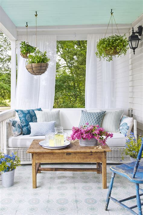 porch decor ideas 23 pretty spring front porch decorating ideas onechitecture