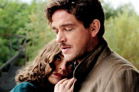 Phoenix 2014 Film Gaslighting And Moral Blindness In Christian Petzold S Phoenix Vague Visages