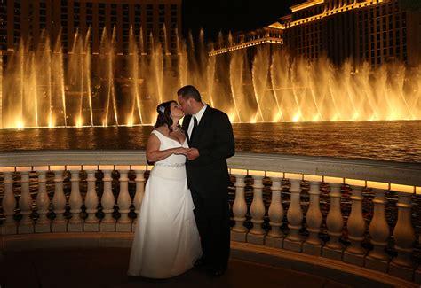 bellagio las vegas front bellagio fountain wedding mini bridal