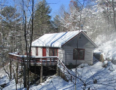 Cold Mountain Cottages by Cold Mountain Cabin Waterfall Footbridge