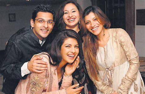 priyanka chopra photos with family priyanka chopra family pictures xcitefun net