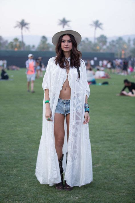 Living for Festivals: Best Coachella Festival Outfits To
