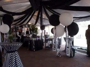 Black And White Decorating Ideas For A Party Black And White Decor Black Amp White Wedding Flowers