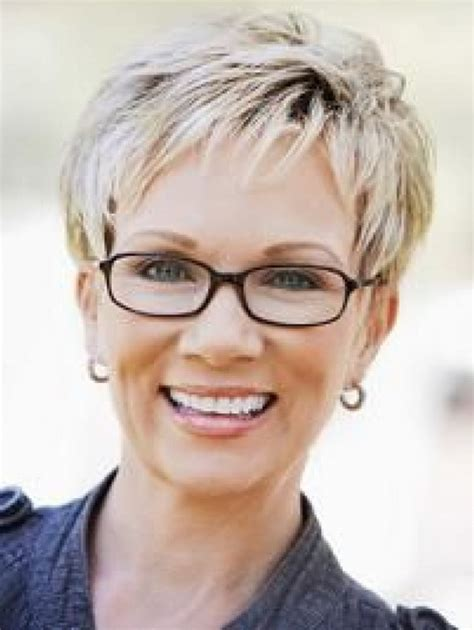 pictures of short hair cuts for women over 60 short