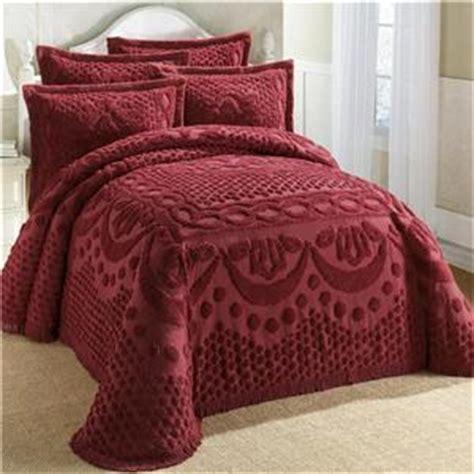 Burgundy Bedspread 100 Cotton Textured Chenille Lattice Medallion Bedspread