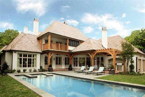 luxury homes dfw 6 beautiful luxury homes in dallas