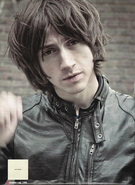 Alex Turner Hairstyle by Alex Turner Haircut Style Haircuts Models Ideas