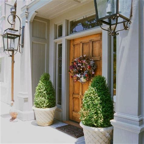 Front Door Potted Plants Potted Shrubs By Front Door Exterior Ideas Interior Designs