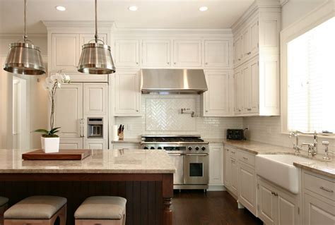 Splendid Maple Kitchen Cabinets Pictures Traditional with