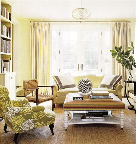 benjamin moore colors for living room benjamin moore s picks lemon sorbet as its color for 2013