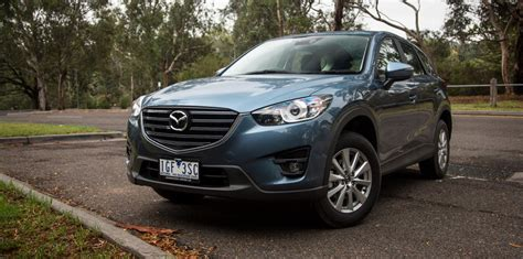 Kia Tuscon Medium Suv Comparison Hyundai Tucson Active X V Kia