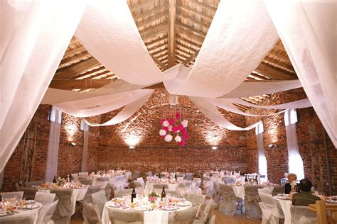 Decoration Plafond Mariage by Tenture Mariage Pas Cher Tentures Mariage