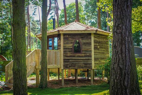 treehouses  schools  hideout house company