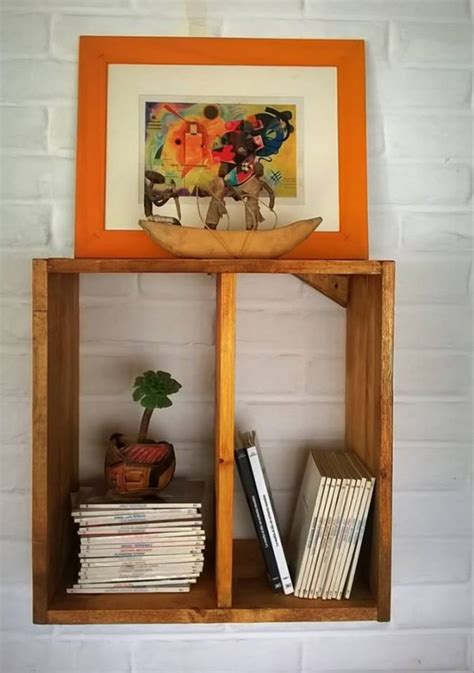 A Shelf Out Of A Pallet by Wall Shelves Out Of Wood Pallet Pallet Ideas Recycled