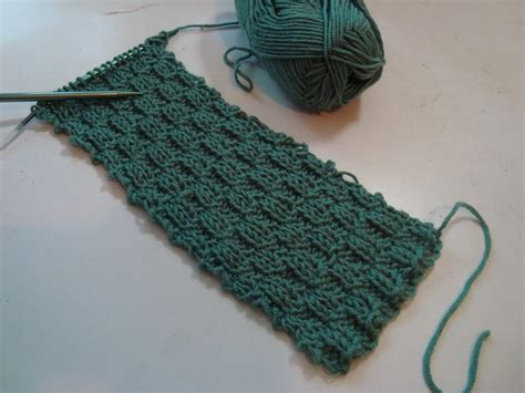 beginning knitting the best beginner knitting pattern crochet knitting