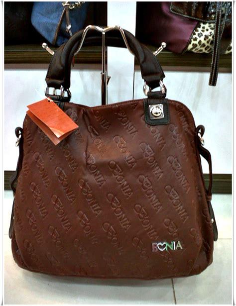 Bonia Coklat 301 moved permanently