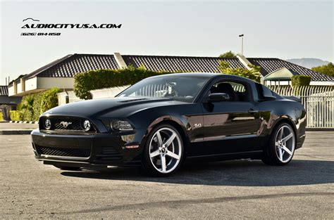 2010 mustang gt tire size ford mustang custom wheels str 607 20x9 0 et tire size