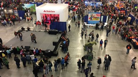 wizard world cleveland ohio march wizard world comic con once again takes cleveland by storm