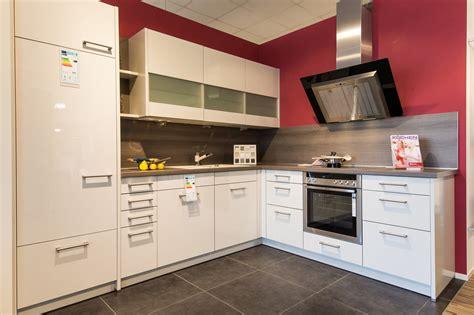 einbauküche günstig mit elektrogeräten kochinsel mit tisch