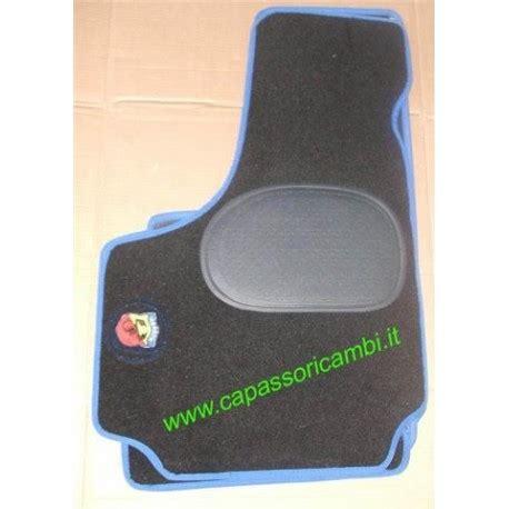 tappeti con logo serie tappeti moquettes con logo abarth capasso ricambi