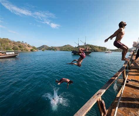 island travel  indonesia   liveaboard sail boat