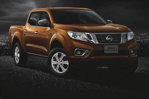 nissan singapore nissan navara the pick up that thinks it s a hotrod