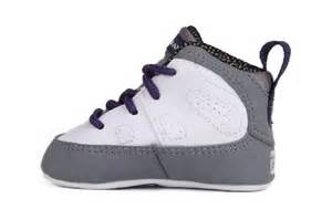 9 retro gp crib basketball shoes 401843 109 4