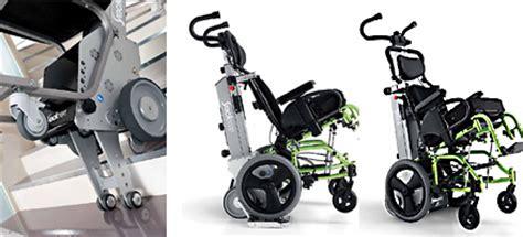 sedia per salire e scendere scale montascale a ruote universale porta carrozzina con disabile
