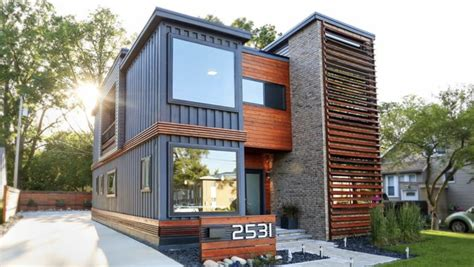 5 Bedroom Homes For Sale In Michigan by This Modern Shipping Container Home Is Attracting