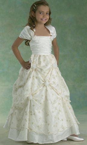 cocuk abiyeleri cocuk abiye elbise modelleri kabarik etekli beyaz kabarık etekli kız 231 ocuk abiye modelleri 183 kadınca