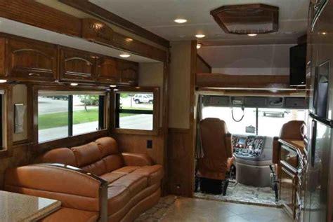 New Behel Coach 1528 1 equine motor coach impremedia net