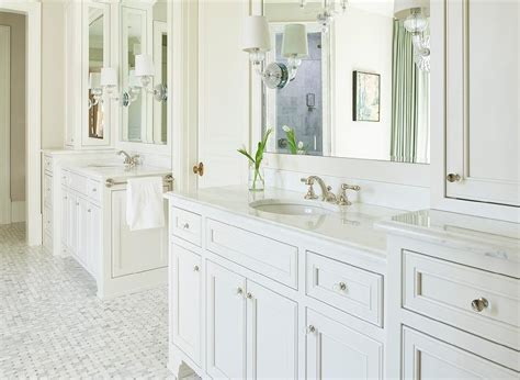 Bathroom Vanity Knobs White Bath Vanity With Oval Glass Knobs Transitional Bathroom