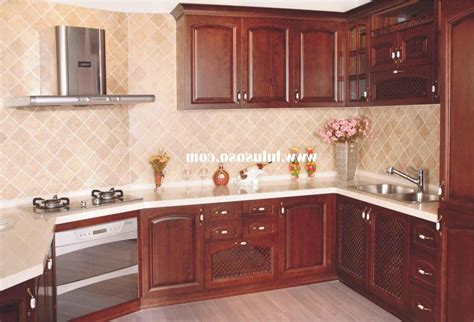 Kitchen Cabinet Handles And Knobs by Knobs Or Pulls On Cabinets Function Vs Look In Kitchen