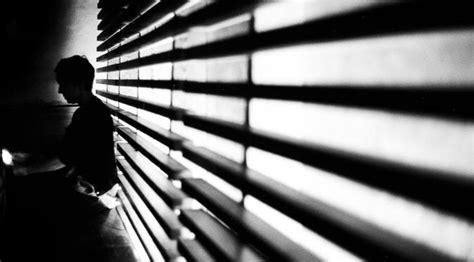 wallpaper tumblr putih 7 alasan yang bikin kamu tetap gunakan konsep foto hitam
