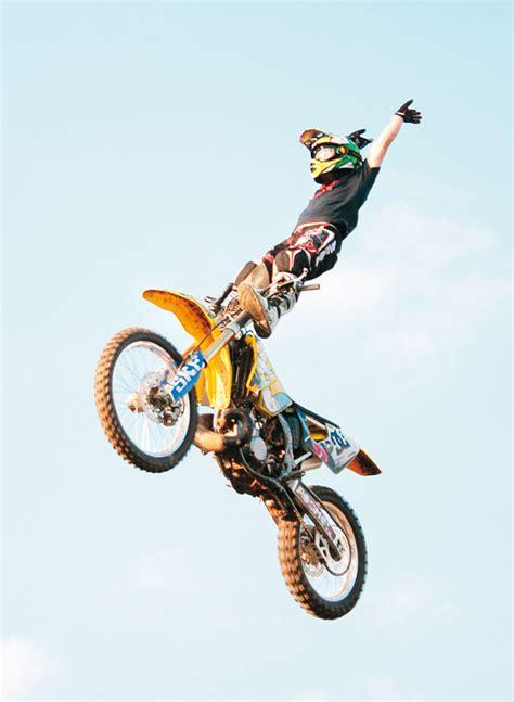 freestyle motocross deaths proti gravitaci freestyle motocross 193 b 237 čko cz