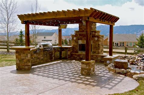 outdoor kitchen ideas barbecue grills under pergola backyard design pinterest barbecue