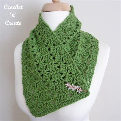 collared cowl free crochet pattern crochet n create neck warmer cowl uk free crochet pattern crochet n create