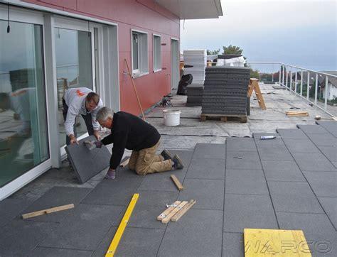 piastrelle per terrazzo esterno prezzi piastrelle per esterni a buon prezzo pavimenti elastici