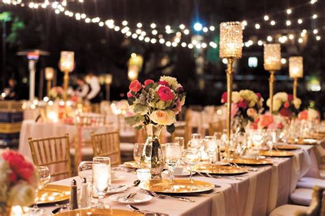 small wedding dinner ideas how to host the dinner couturing