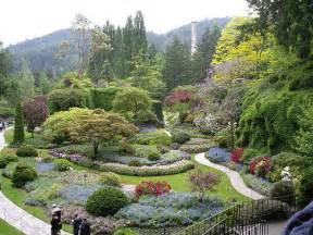 amazing gardens world s most amazing flower gardens