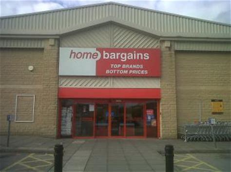 home bargains pellon halifax opening times